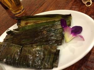 バナナの皮で包まれた魚のすり身